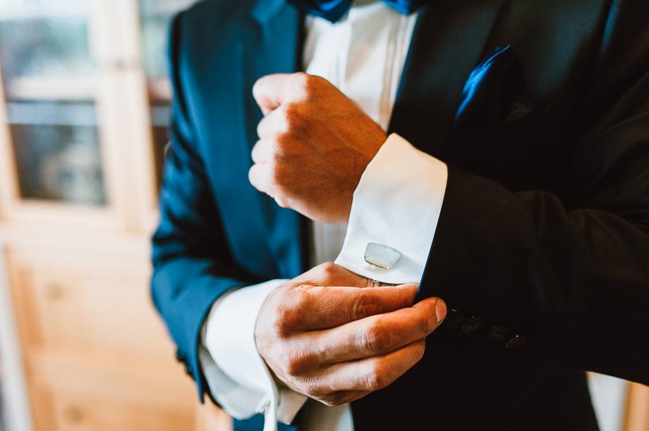 Hochzeit_Kolbermoor_Alte_Spinnerei_Modern_Brautpaar_Multikulturell_Laura_Elena_Photography_007