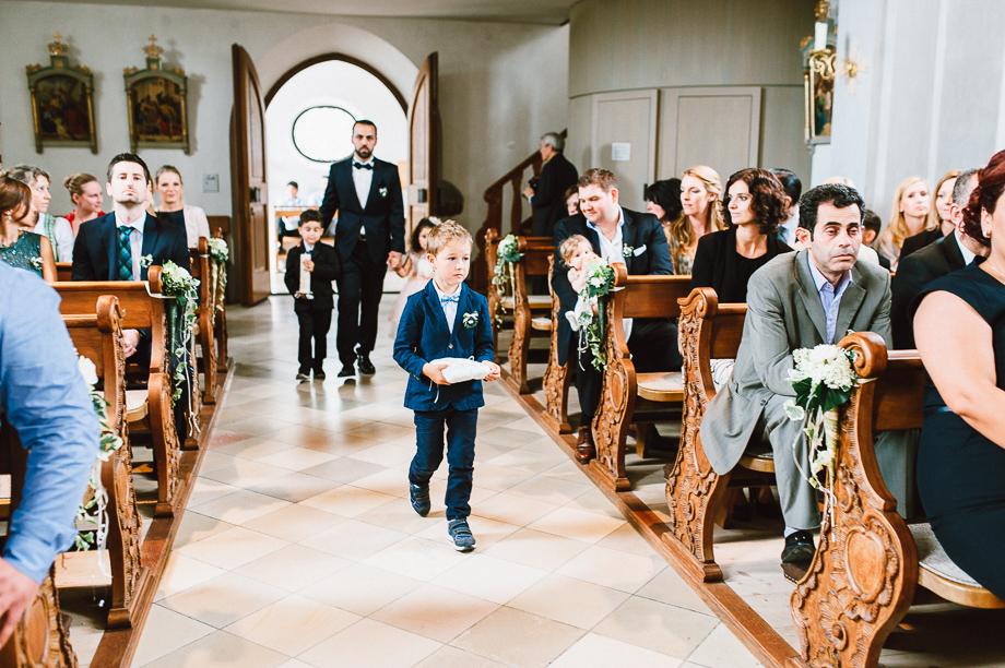 Hochzeit_Kolbermoor_Alte_Spinnerei_Modern_Brautpaar_Multikulturell_Laura_Elena_Photography_011