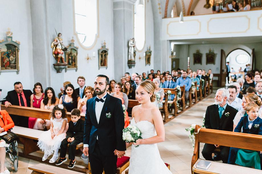 Hochzeit_Kolbermoor_Alte_Spinnerei_Modern_Brautpaar_Multikulturell_Laura_Elena_Photography_017