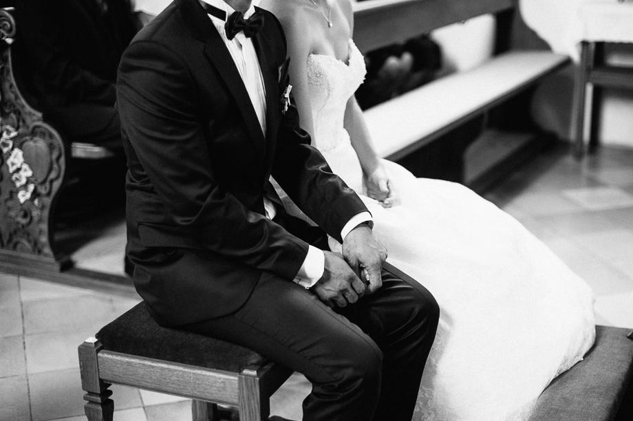 Hochzeit_Kolbermoor_Alte_Spinnerei_Modern_Brautpaar_Multikulturell_Laura_Elena_Photography_020