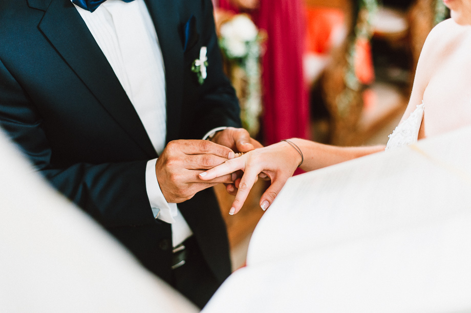 Hochzeit_Kolbermoor_Alte_Spinnerei_Modern_Brautpaar_Multikulturell_Laura_Elena_Photography_024