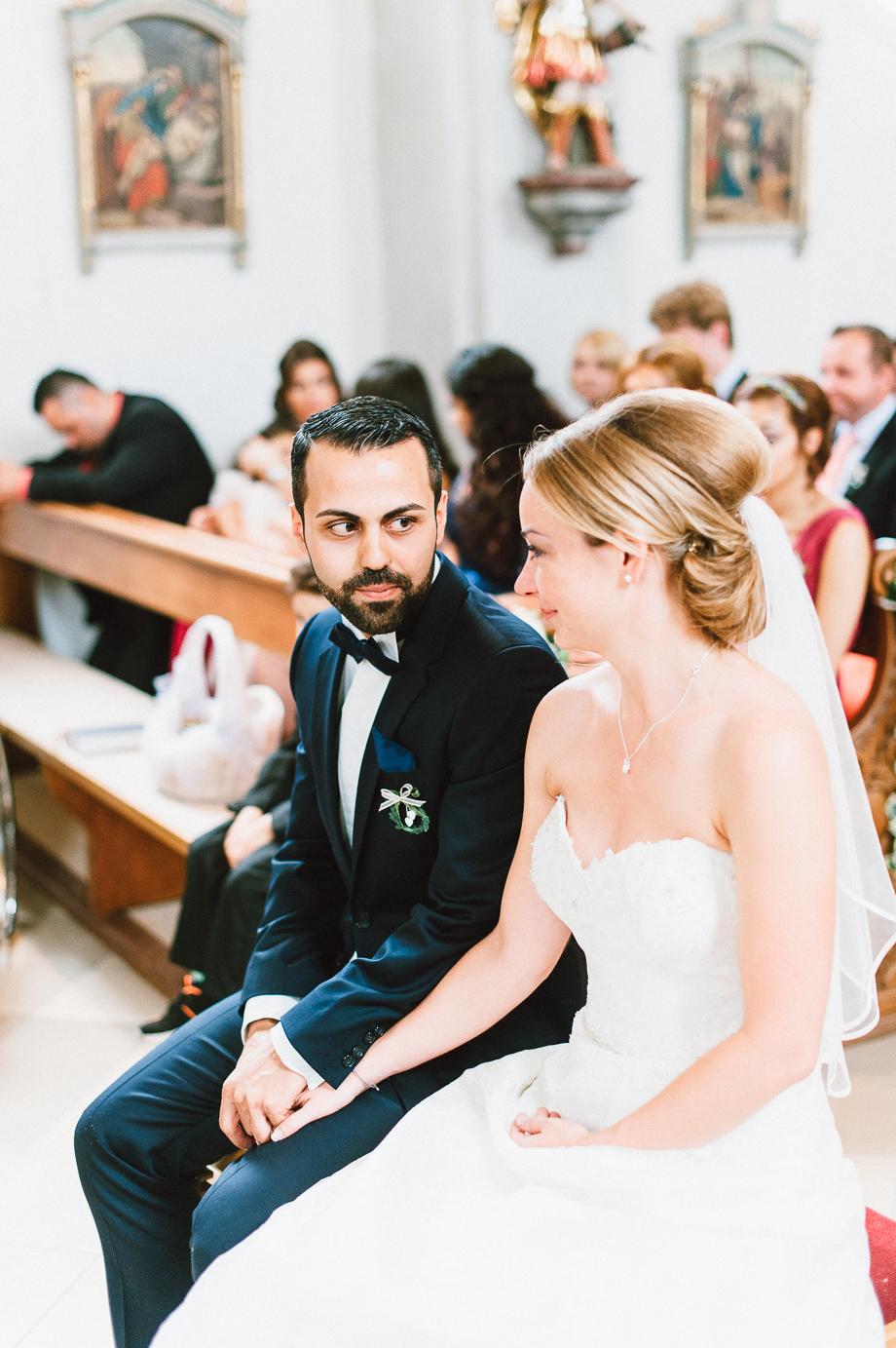 Hochzeit_Kolbermoor_Alte_Spinnerei_Modern_Brautpaar_Multikulturell_Laura_Elena_Photography_027