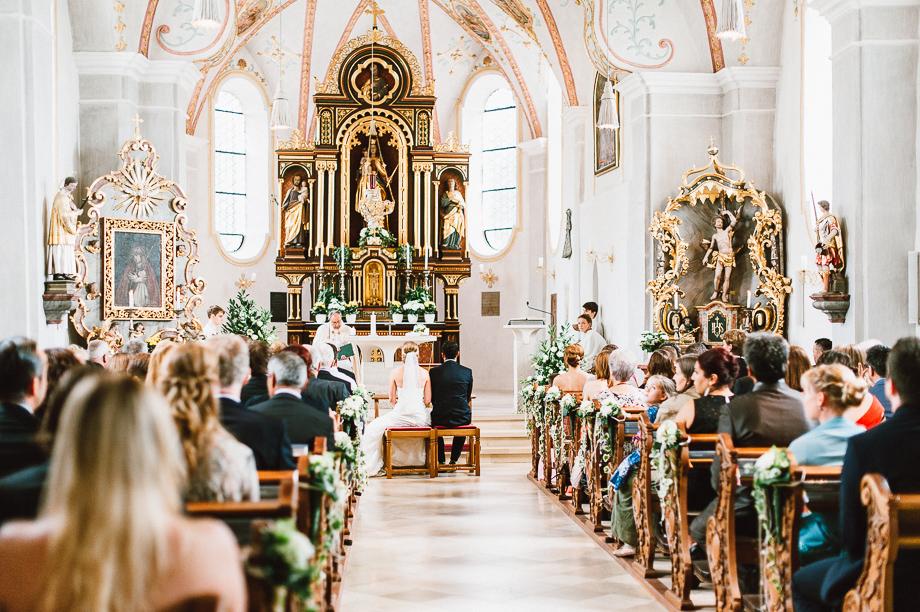 Hochzeit_Kolbermoor_Alte_Spinnerei_Modern_Brautpaar_Multikulturell_Laura_Elena_Photography_028