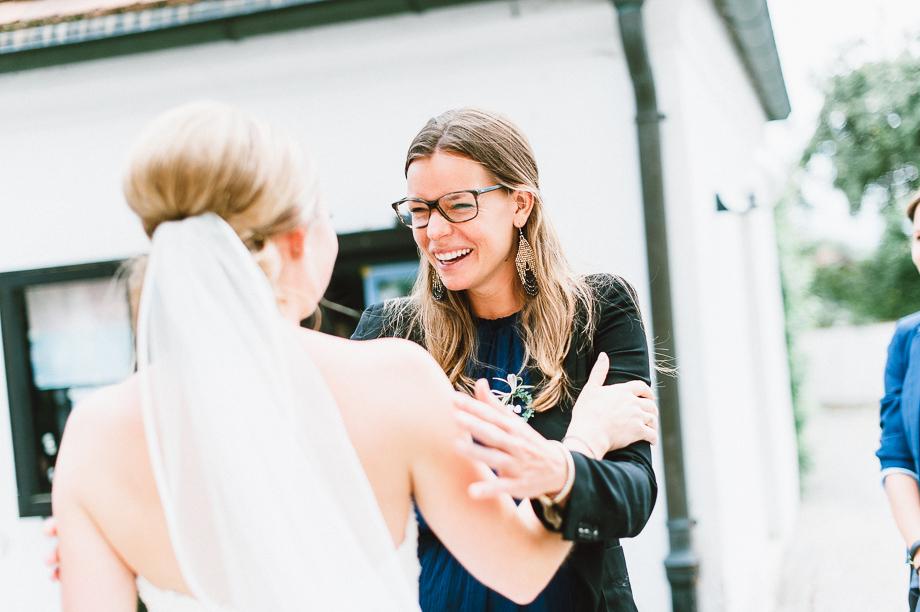 Hochzeit_Kolbermoor_Alte_Spinnerei_Modern_Brautpaar_Multikulturell_Laura_Elena_Photography_030