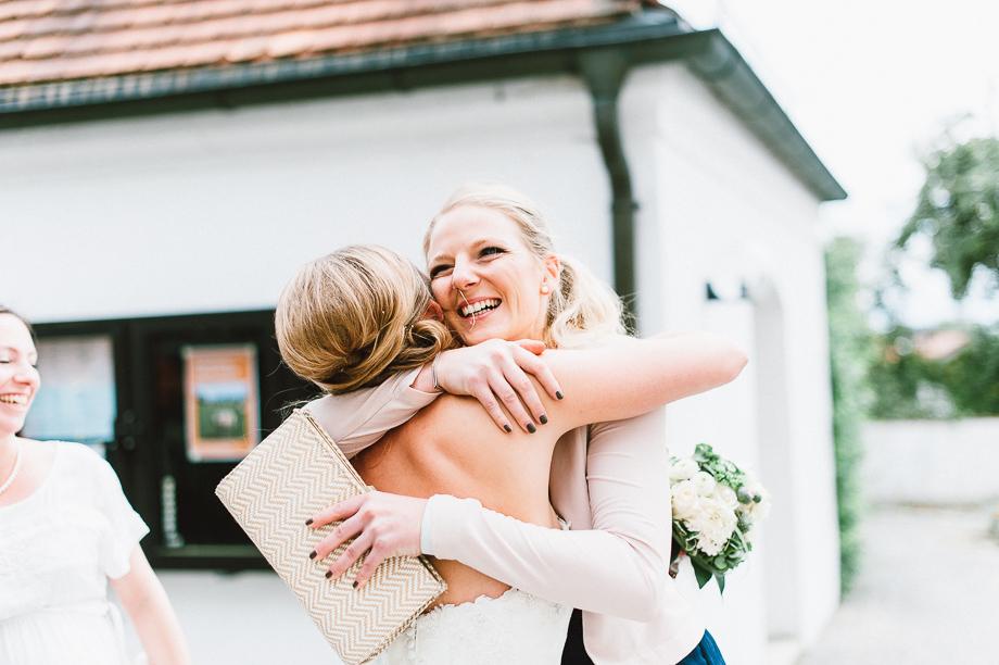 Hochzeit_Kolbermoor_Alte_Spinnerei_Modern_Brautpaar_Multikulturell_Laura_Elena_Photography_033