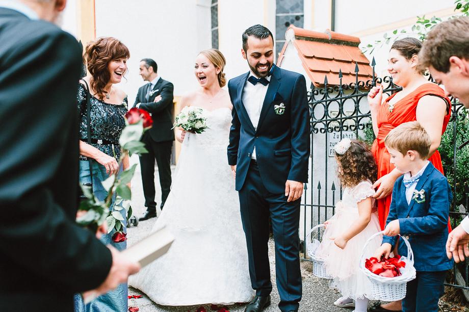 Hochzeit_Kolbermoor_Alte_Spinnerei_Modern_Brautpaar_Multikulturell_Laura_Elena_Photography_034