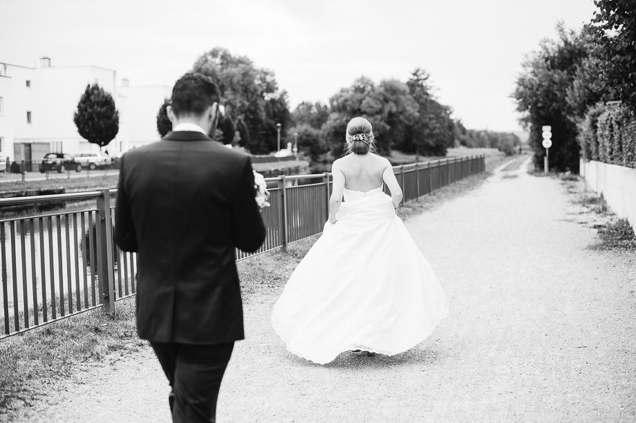 Hochzeit_Kolbermoor_Alte_Spinnerei_Modern_Brautpaar_Multikulturell_Laura_Elena_Photography_056