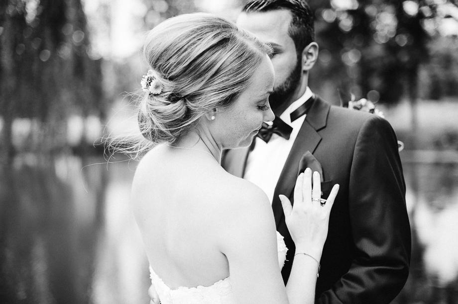 Hochzeit_Kolbermoor_Alte_Spinnerei_Modern_Brautpaar_Multikulturell_Laura_Elena_Photography_060