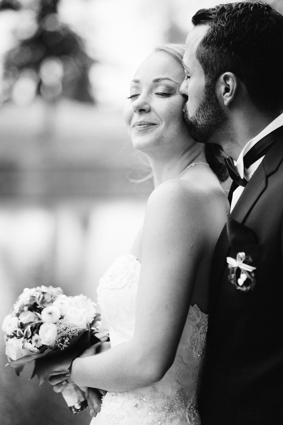 Hochzeit_Kolbermoor_Alte_Spinnerei_Modern_Brautpaar_Multikulturell_Laura_Elena_Photography_064