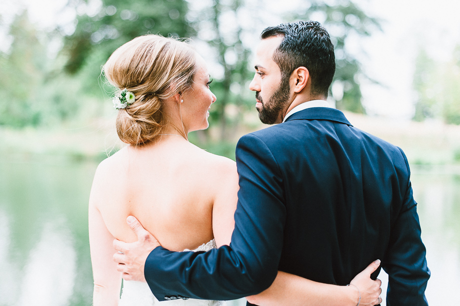 Hochzeit_Kolbermoor_Alte_Spinnerei_Modern_Brautpaar_Multikulturell_Laura_Elena_Photography_065