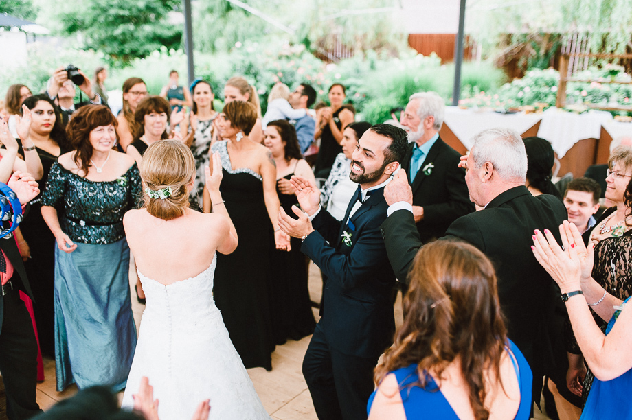 Hochzeit_Kolbermoor_Alte_Spinnerei_Modern_Brautpaar_Multikulturell_Laura_Elena_Photography_082