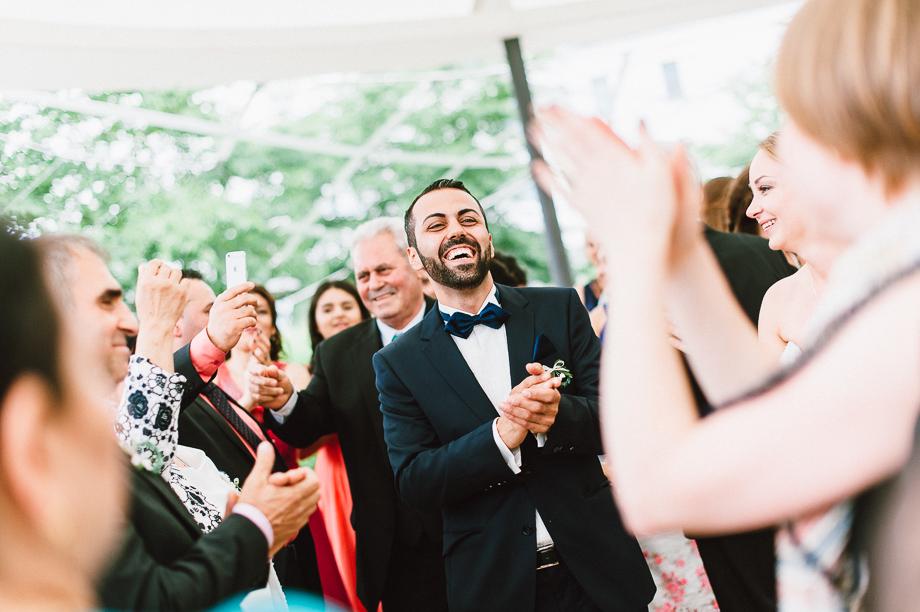 Hochzeit_Kolbermoor_Alte_Spinnerei_Modern_Brautpaar_Multikulturell_Laura_Elena_Photography_086