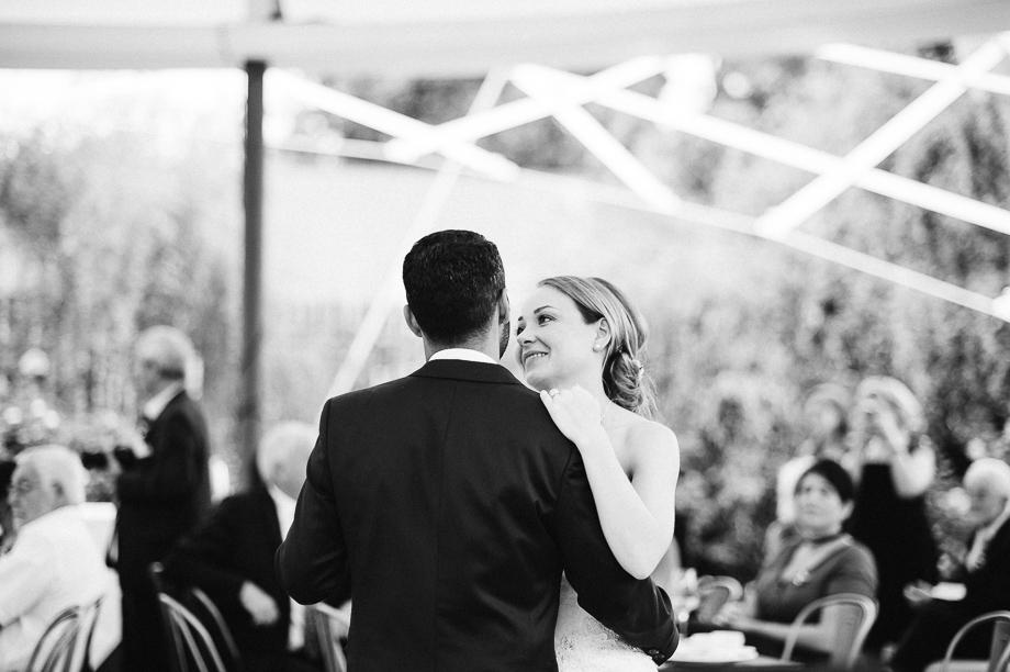 Hochzeit_Kolbermoor_Alte_Spinnerei_Modern_Brautpaar_Multikulturell_Laura_Elena_Photography_092