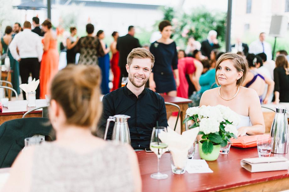 Hochzeit_Kolbermoor_Alte_Spinnerei_Modern_Brautpaar_Multikulturell_Laura_Elena_Photography_094