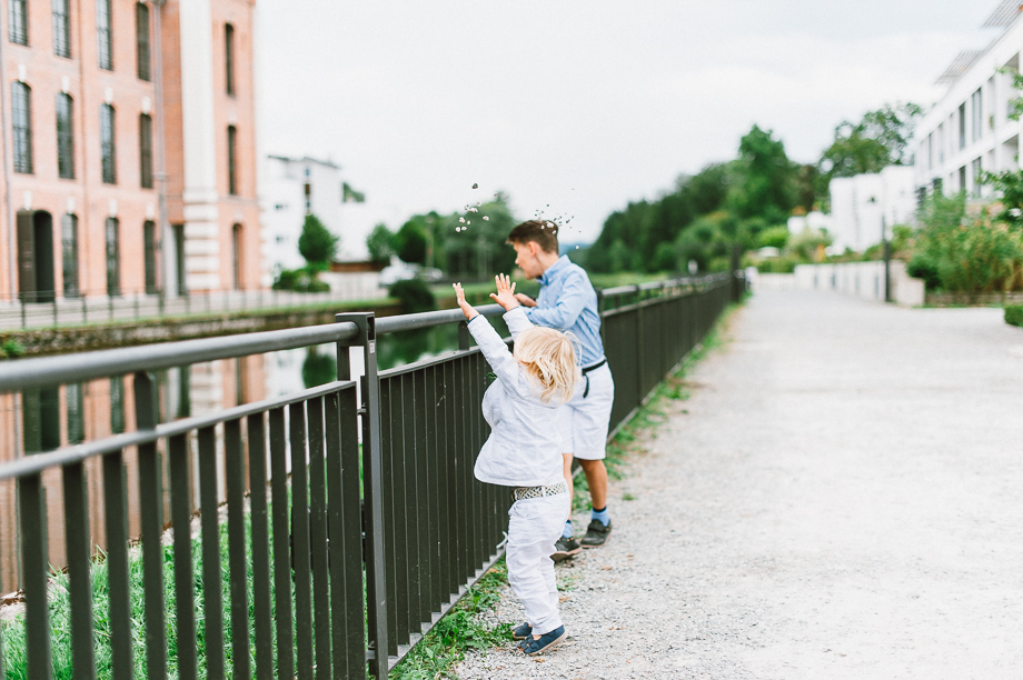 Hochzeit_Kolbermoor_Alte_Spinnerei_Modern_Brautpaar_Multikulturell_Laura_Elena_Photography_098