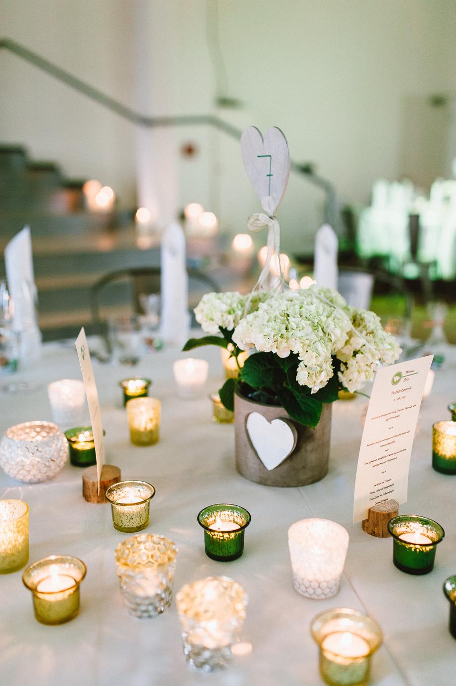 Hochzeit_Kolbermoor_Alte_Spinnerei_Modern_Brautpaar_Multikulturell_Laura_Elena_Photography_112