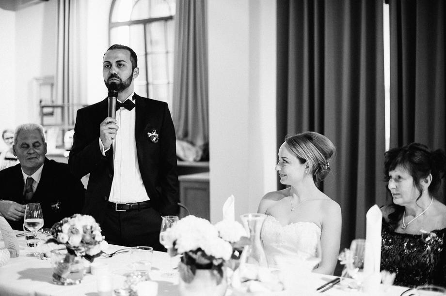 Hochzeit_Kolbermoor_Alte_Spinnerei_Modern_Brautpaar_Multikulturell_Laura_Elena_Photography_119