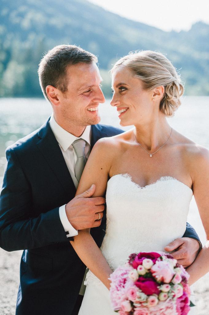 Hochzeit_Schliersee_Hochzeitsfotograf_Muenchen_Lauraelena_Photography_Tegernsee_Berghochzeit_Rustic_Wedding_109.jpg