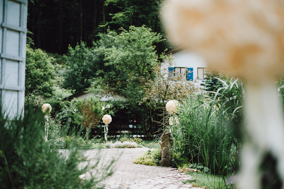 Hochzeit_Tegernsee_Lauraelenaphotography_Lake_Wedding_Freihaus_Brenner_Mountainwedding_Sommerhochzeit_NewYork_Seeblick_002