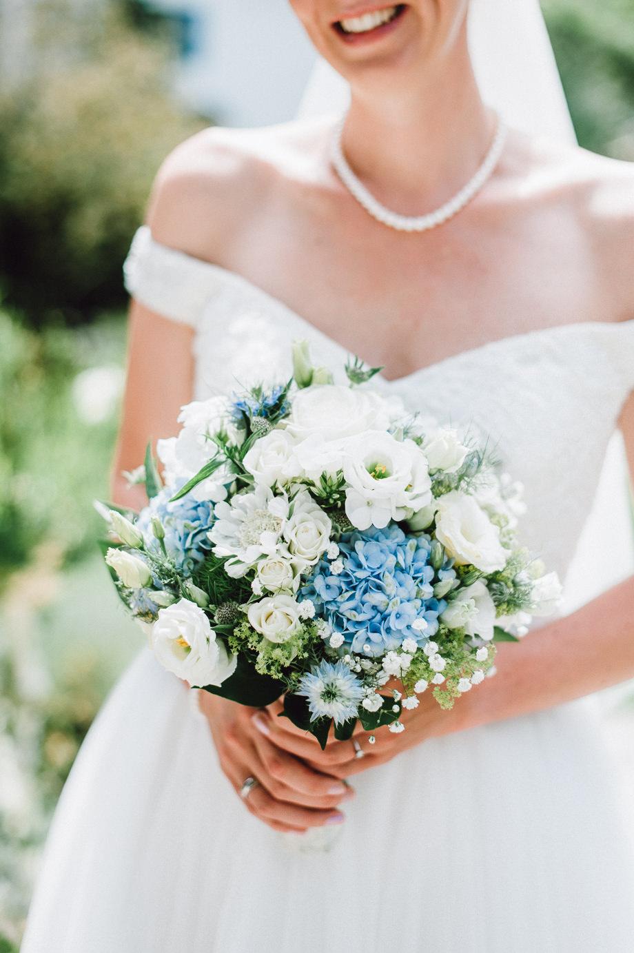 Hochzeit_Tegernsee_Lauraelenaphotography_Lake_Wedding_Freihaus_Brenner_Mountainwedding_Sommerhochzeit_NewYork_Seeblick_034