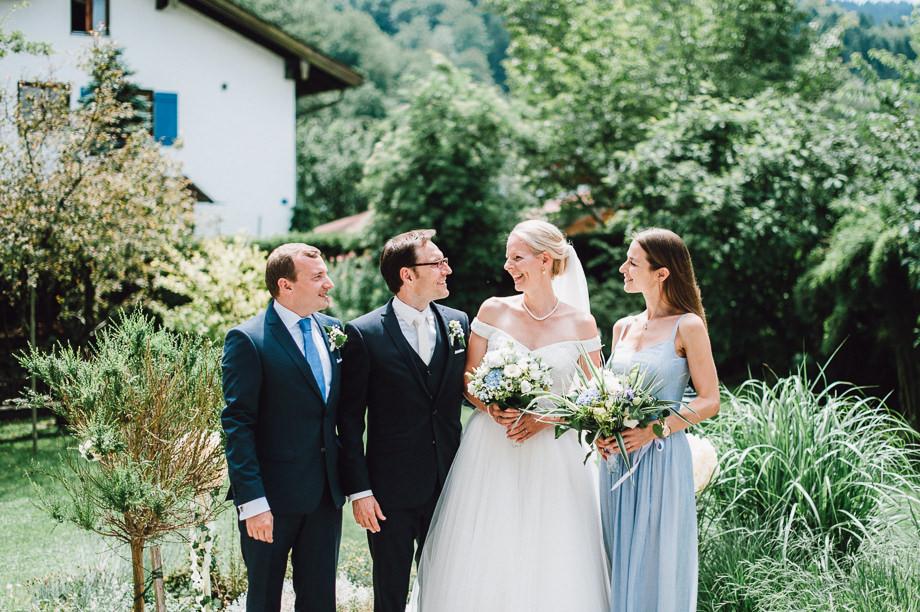 Hochzeit_Tegernsee_Lauraelenaphotography_Lake_Wedding_Freihaus_Brenner_Mountainwedding_Sommerhochzeit_NewYork_Seeblick_036