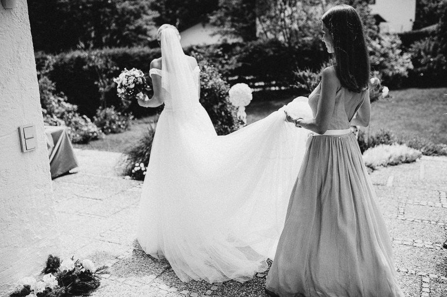 Hochzeit_Tegernsee_Lauraelenaphotography_Lake_Wedding_Freihaus_Brenner_Mountainwedding_Sommerhochzeit_NewYork_Seeblick_037