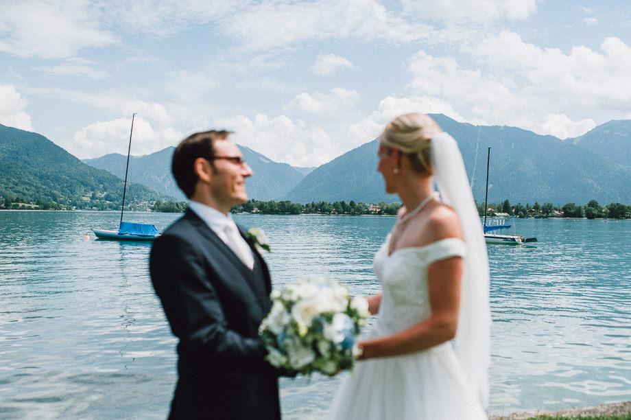 Hochzeit_Tegernsee_Lauraelenaphotography_Lake_Wedding_Freihaus_Brenner_Mountainwedding_Sommerhochzeit_NewYork_Seeblick_039