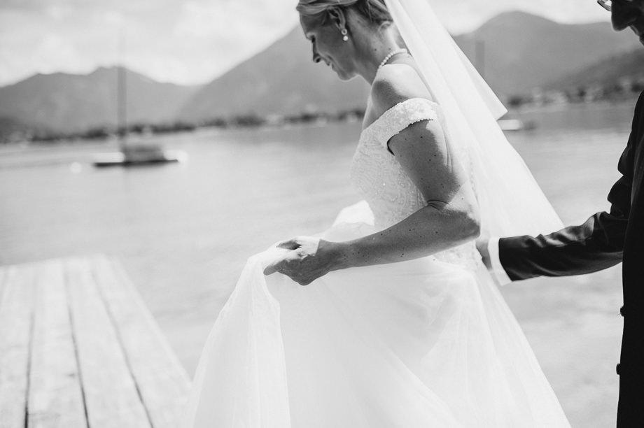 Hochzeit_Tegernsee_Lauraelenaphotography_Lake_Wedding_Freihaus_Brenner_Mountainwedding_Sommerhochzeit_NewYork_Seeblick_042