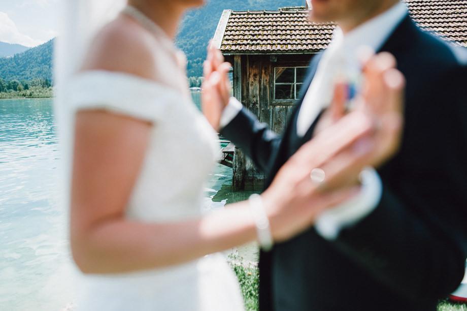 Hochzeit_Tegernsee_Lauraelenaphotography_Lake_Wedding_Freihaus_Brenner_Mountainwedding_Sommerhochzeit_NewYork_Seeblick_049