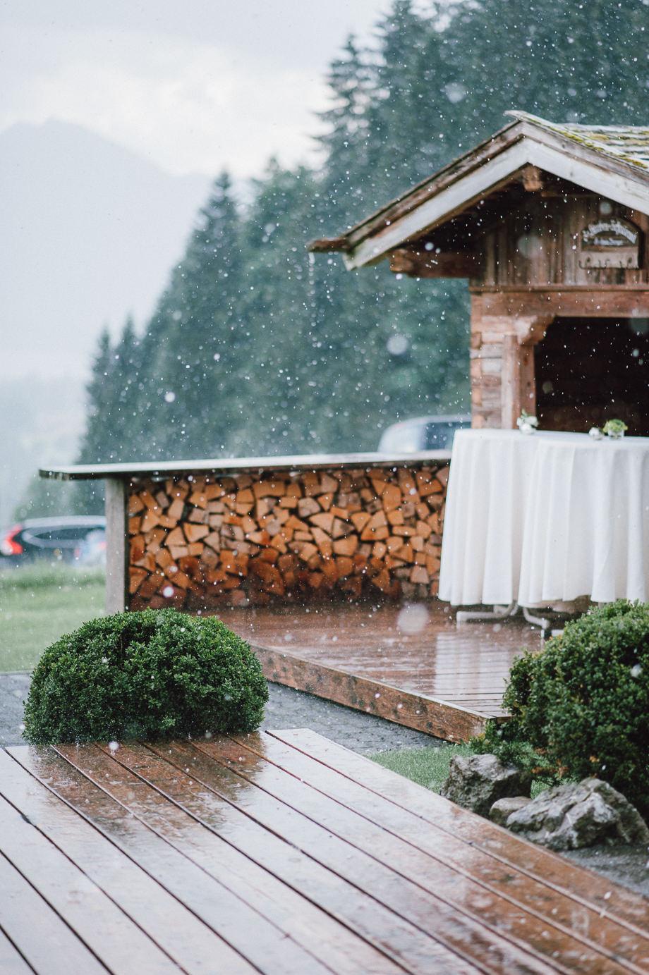Hochzeit_Tegernsee_Lauraelenaphotography_Lake_Wedding_Freihaus_Brenner_Mountainwedding_Sommerhochzeit_NewYork_Seeblick_068