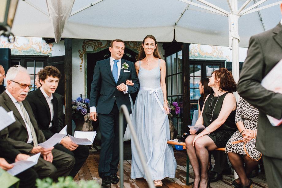 Hochzeit_Tegernsee_Lauraelenaphotography_Lake_Wedding_Freihaus_Brenner_Mountainwedding_Sommerhochzeit_NewYork_Seeblick_071