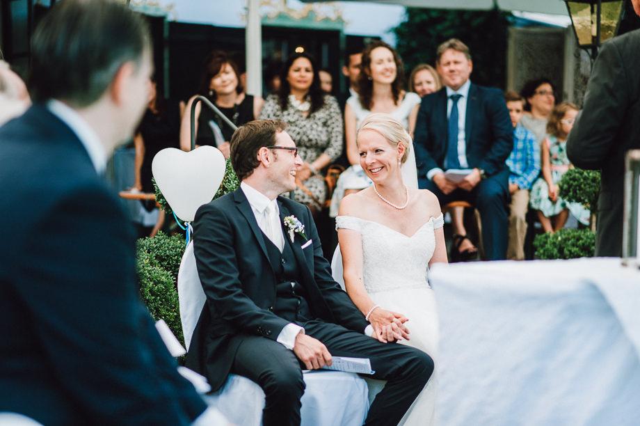 Hochzeit_Tegernsee_Lauraelenaphotography_Lake_Wedding_Freihaus_Brenner_Mountainwedding_Sommerhochzeit_NewYork_Seeblick_076