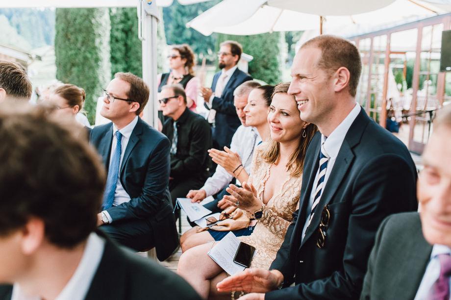 Hochzeit_Tegernsee_Lauraelenaphotography_Lake_Wedding_Freihaus_Brenner_Mountainwedding_Sommerhochzeit_NewYork_Seeblick_084