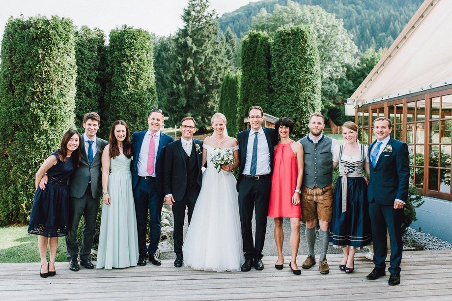 Hochzeit_Tegernsee_Lauraelenaphotography_Lake_Wedding_Freihaus_Brenner_Mountainwedding_Sommerhochzeit_NewYork_Seeblick_105