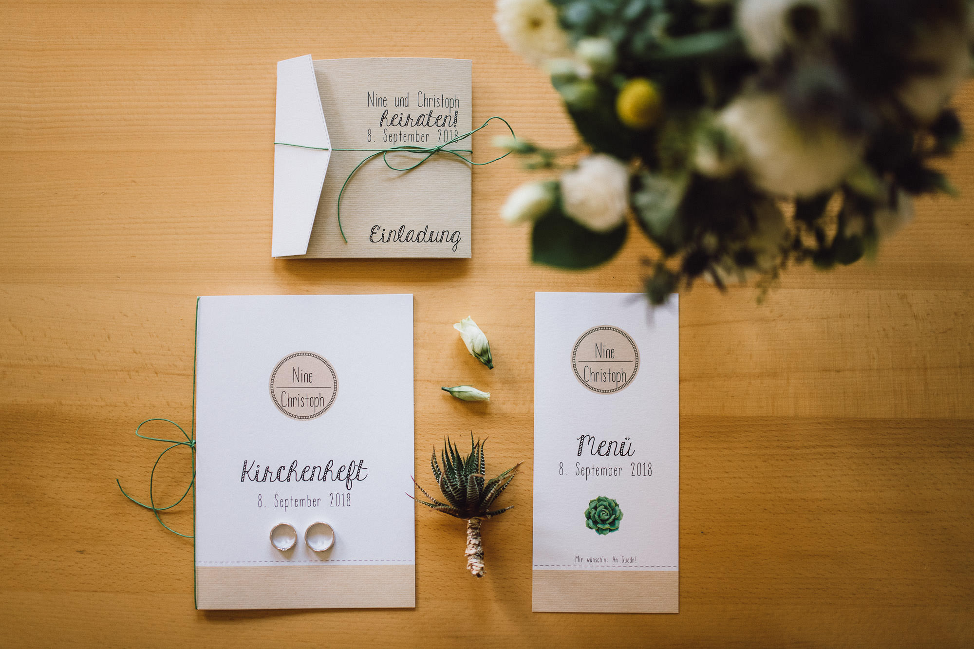 greenery-wedding-hochzeit-prielhof-sukkulenten-scheyern-lauraelenaphotography-006