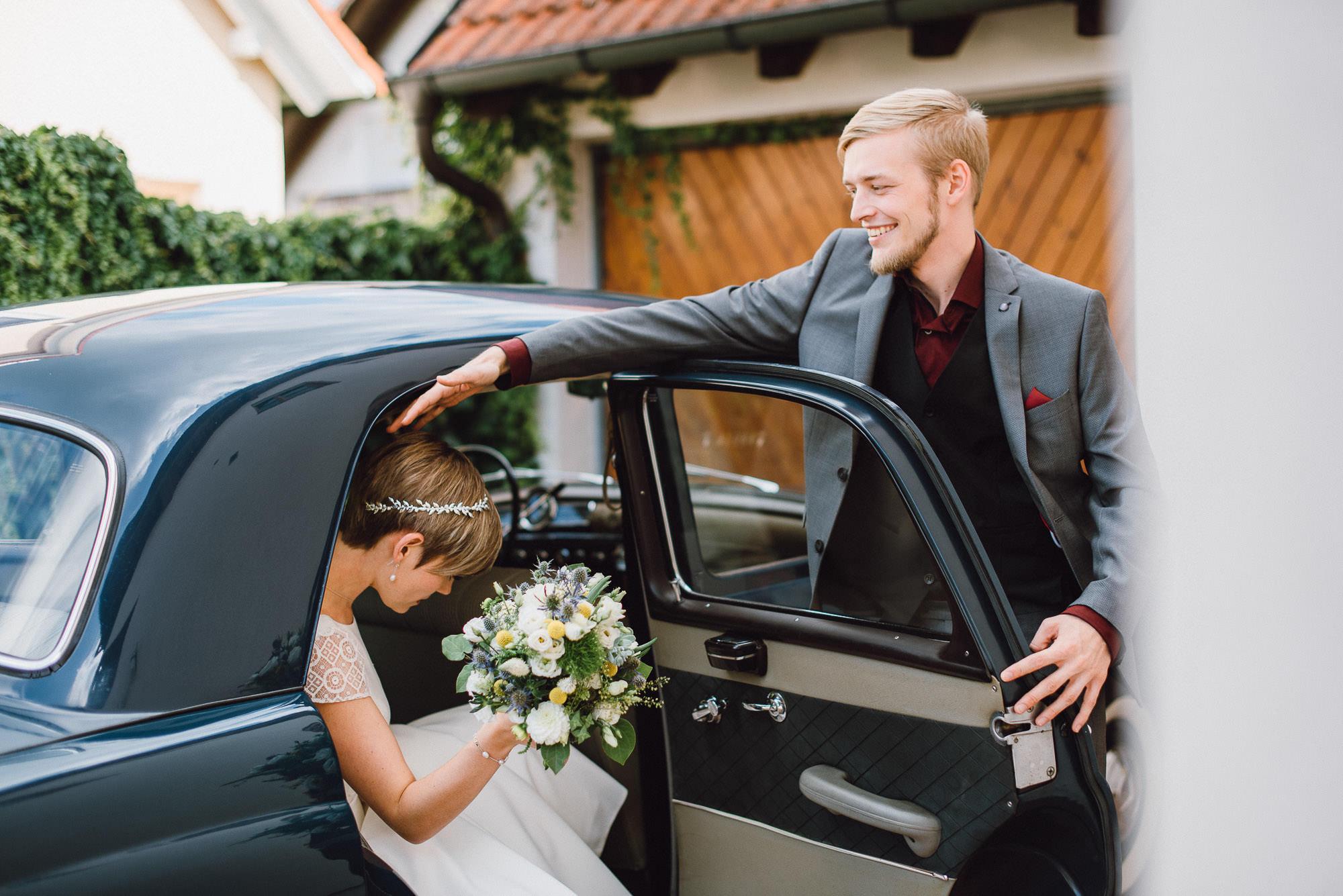 greenery-wedding-hochzeit-prielhof-sukkulenten-scheyern-lauraelenaphotography-014