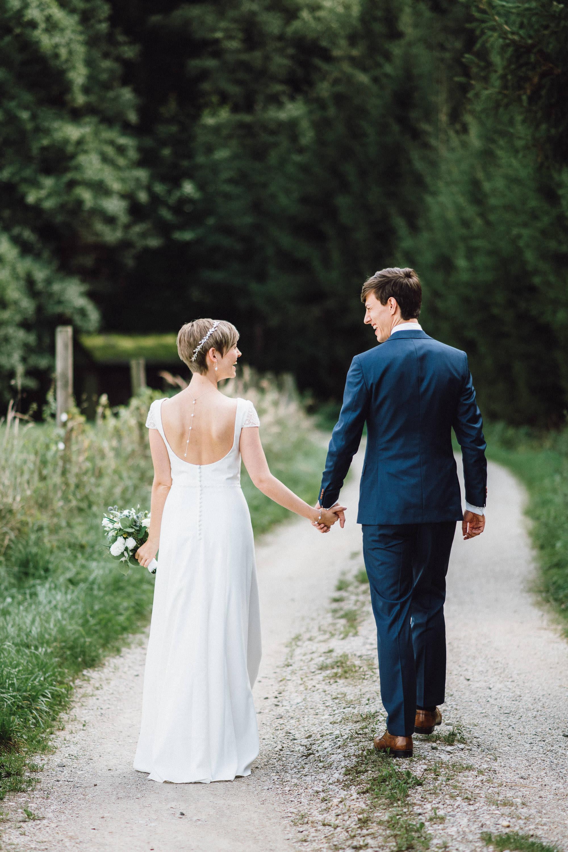 greenery-wedding-hochzeit-prielhof-sukkulenten-scheyern-lauraelenaphotography-023