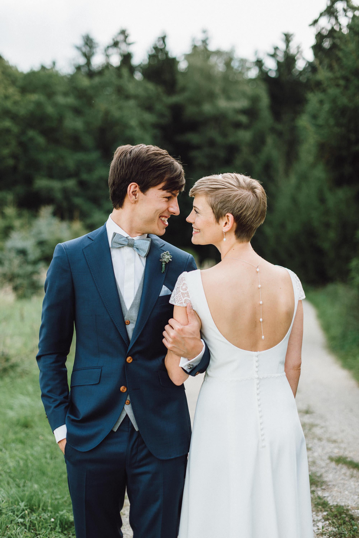 greenery-wedding-hochzeit-prielhof-sukkulenten-scheyern-lauraelenaphotography-031