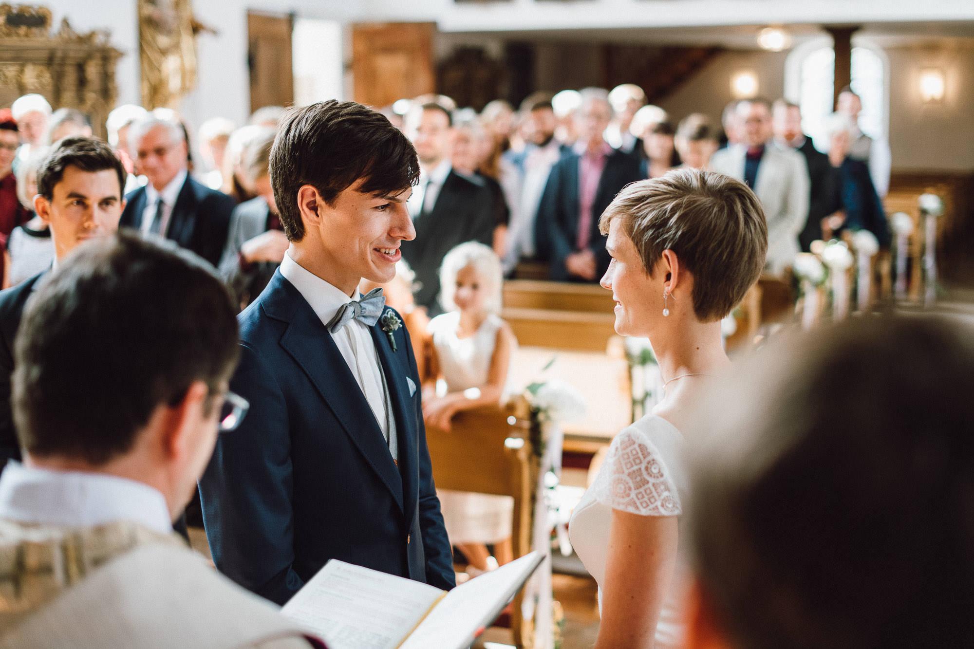 greenery-wedding-hochzeit-prielhof-sukkulenten-scheyern-lauraelenaphotography-043