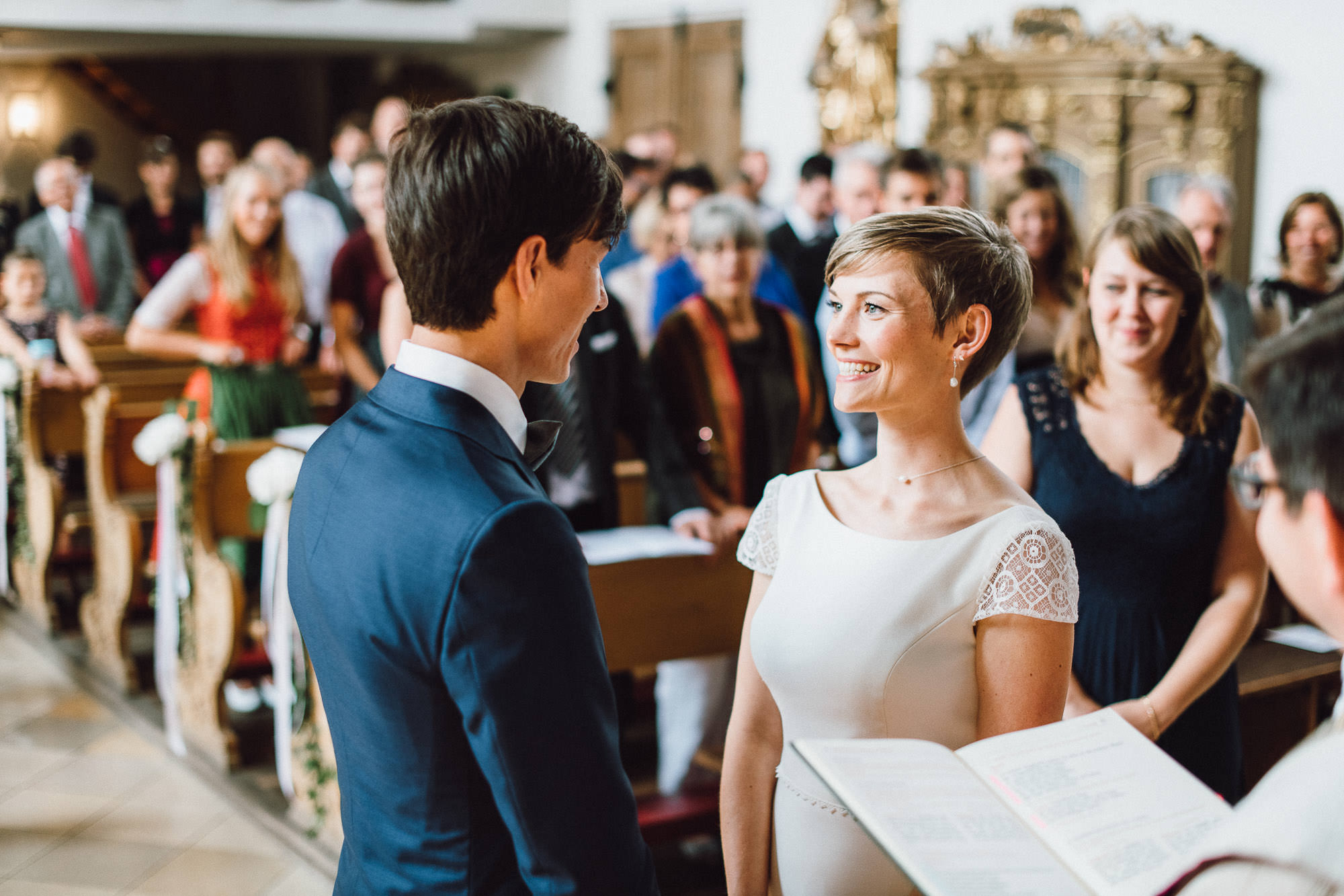 greenery-wedding-hochzeit-prielhof-sukkulenten-scheyern-lauraelenaphotography-045