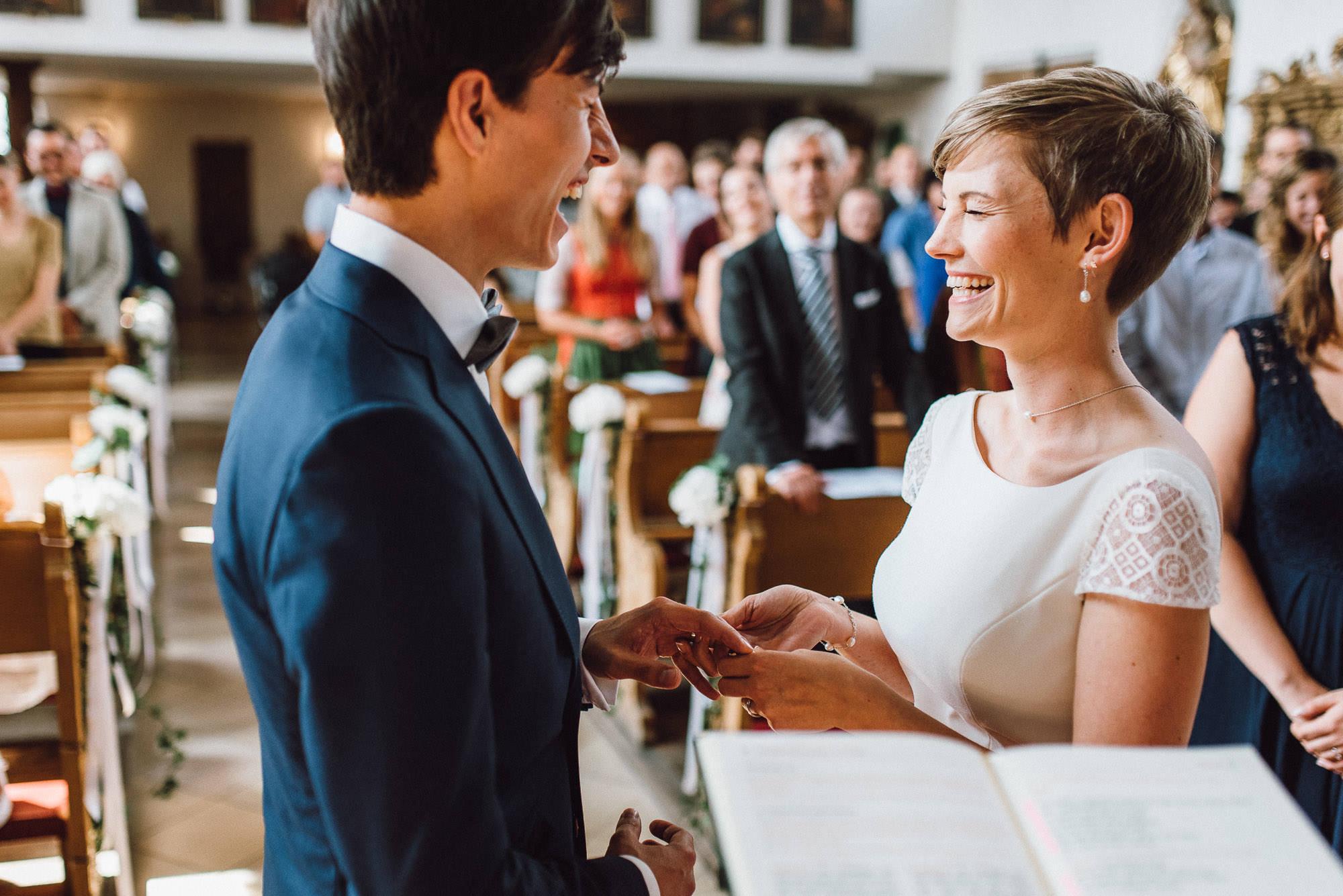 greenery-wedding-hochzeit-prielhof-sukkulenten-scheyern-lauraelenaphotography-047