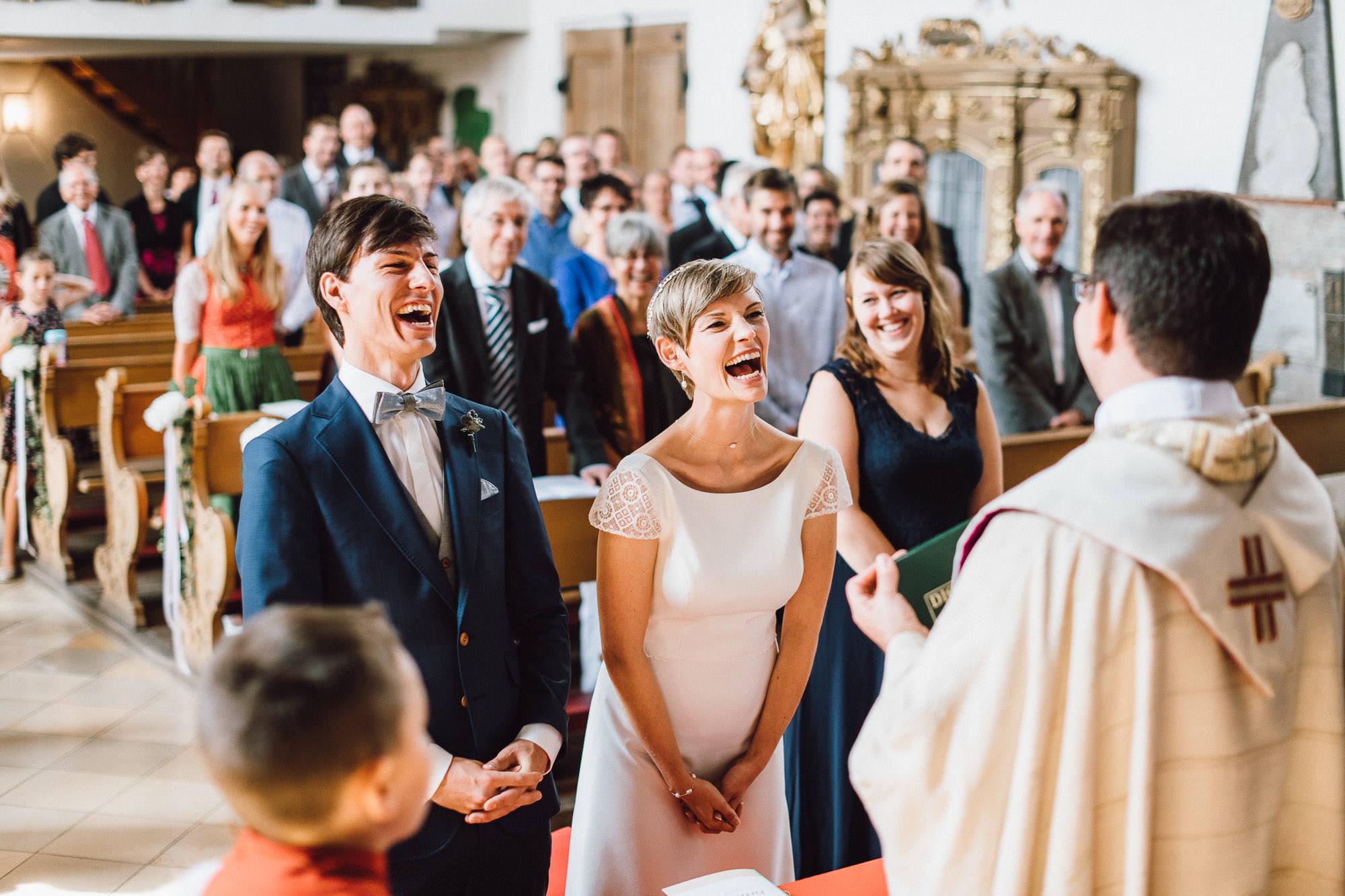 greenery-wedding-hochzeit-prielhof-sukkulenten-scheyern-lauraelenaphotography-049