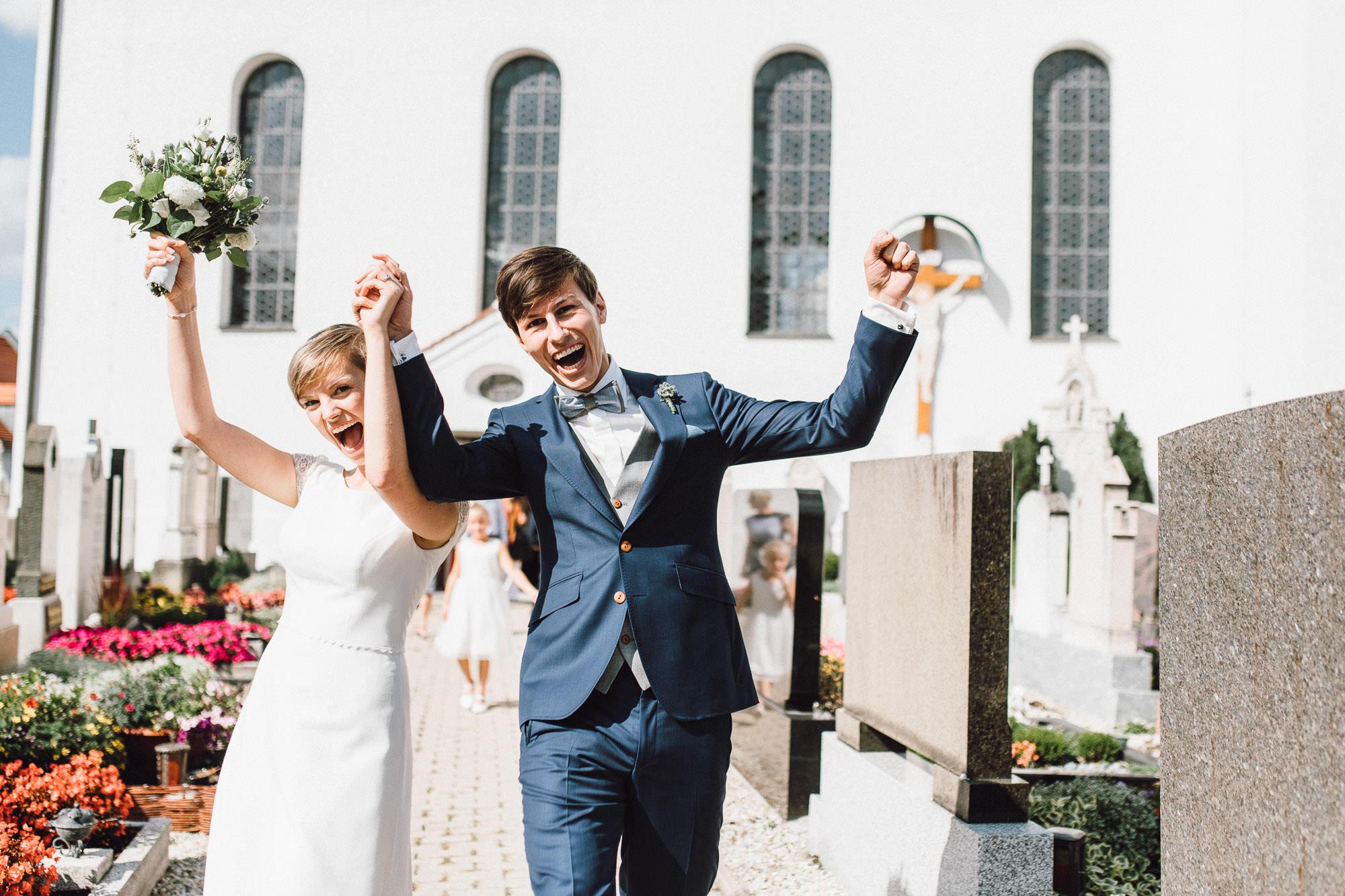 greenery-wedding-hochzeit-prielhof-sukkulenten-scheyern-lauraelenaphotography-054