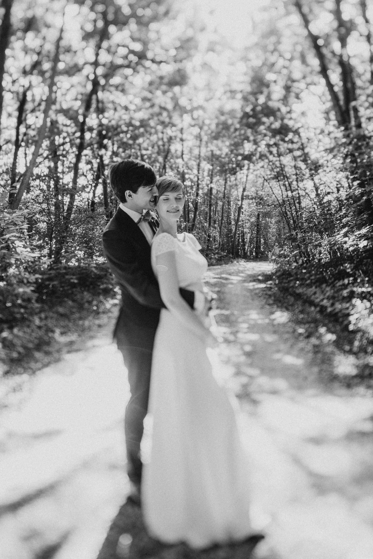 greenery-wedding-hochzeit-prielhof-sukkulenten-scheyern-lauraelenaphotography-060