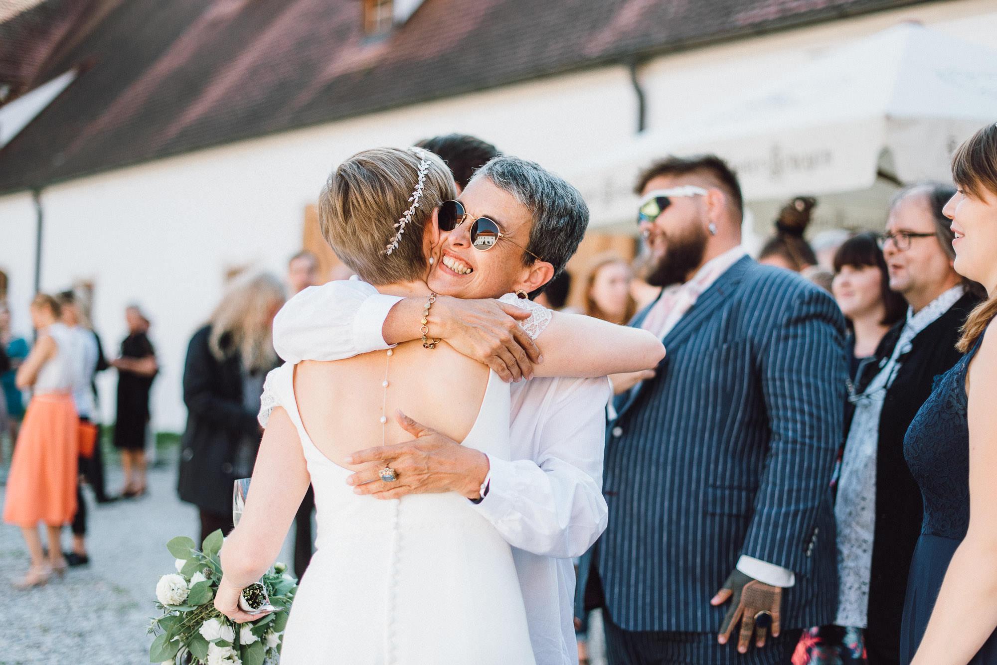 greenery-wedding-hochzeit-prielhof-sukkulenten-scheyern-lauraelenaphotography-065