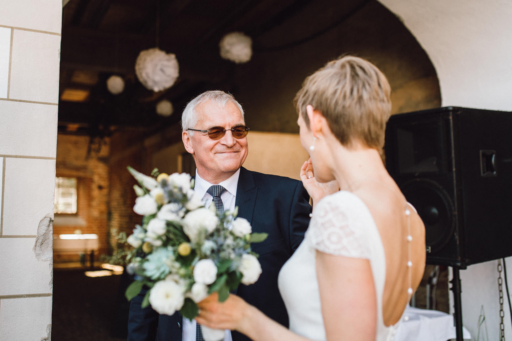 greenery-wedding-hochzeit-prielhof-sukkulenten-scheyern-lauraelenaphotography-070