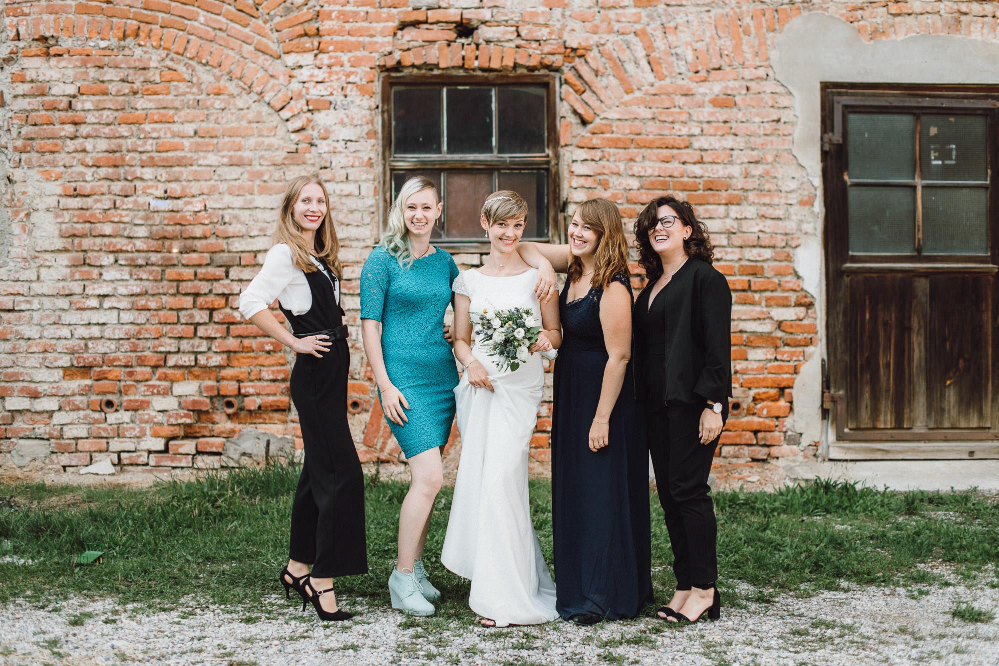 greenery-wedding-hochzeit-prielhof-sukkulenten-scheyern-lauraelenaphotography-074