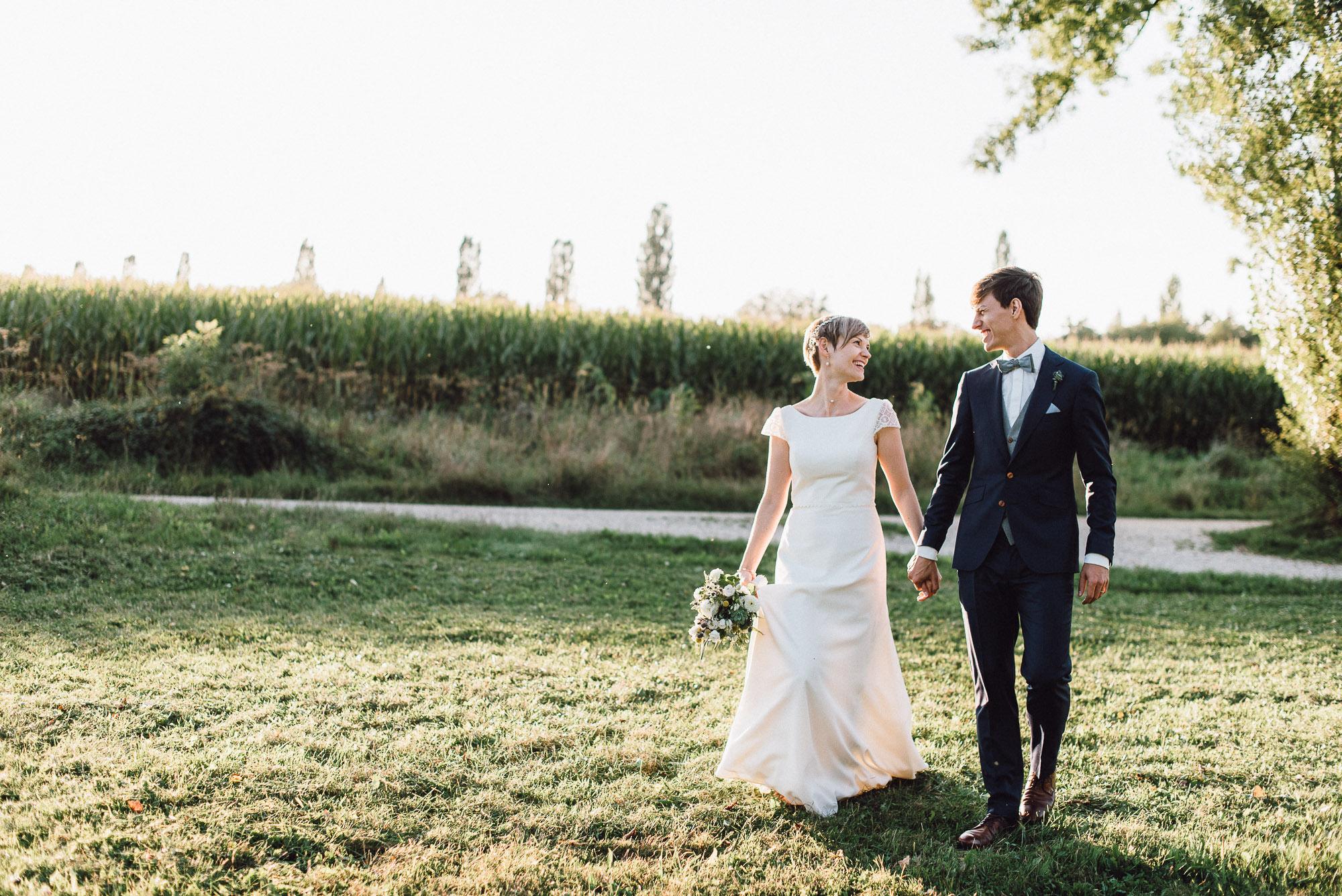 greenery-wedding-hochzeit-prielhof-sukkulenten-scheyern-lauraelenaphotography-079