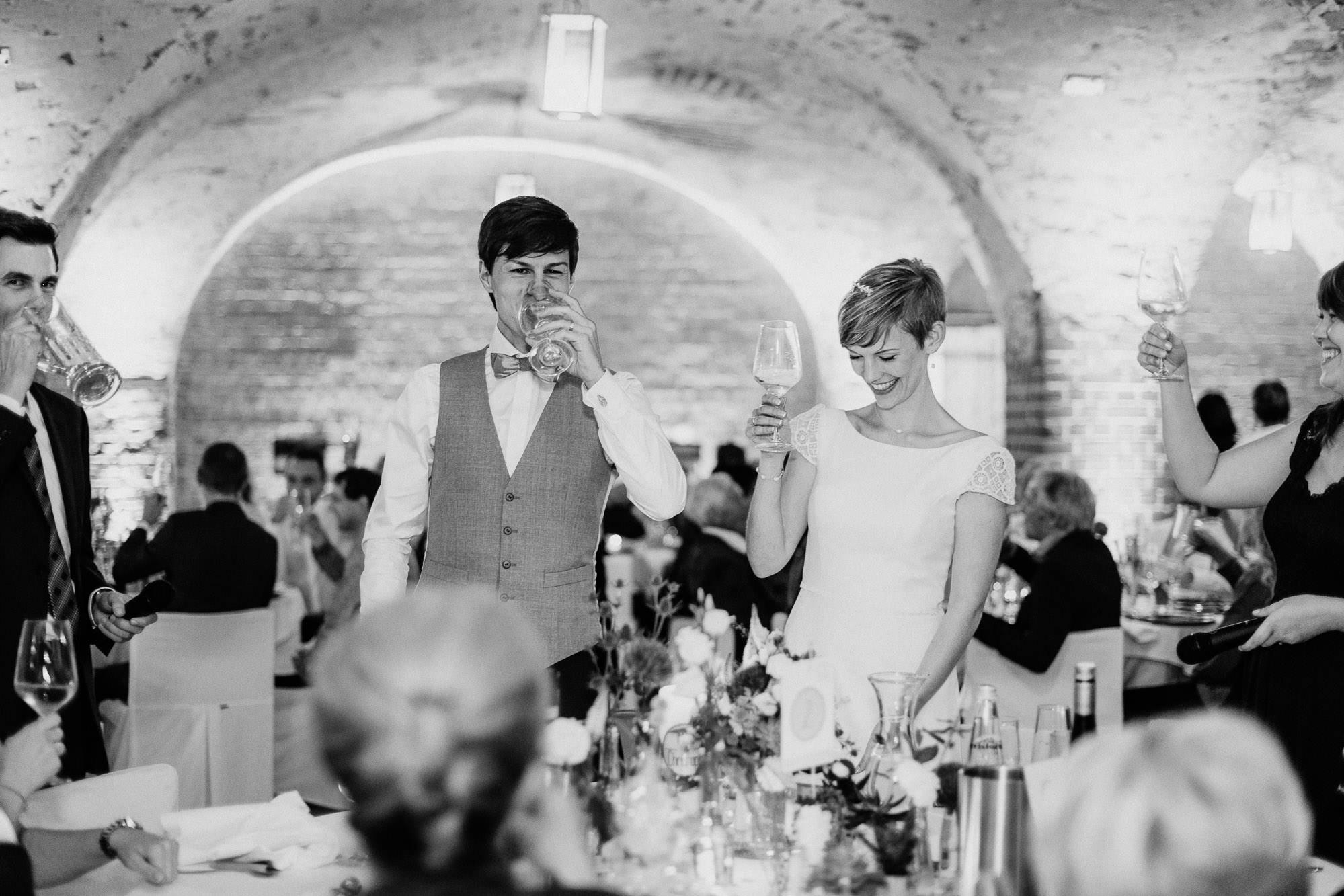 greenery-wedding-hochzeit-prielhof-sukkulenten-scheyern-lauraelenaphotography-102