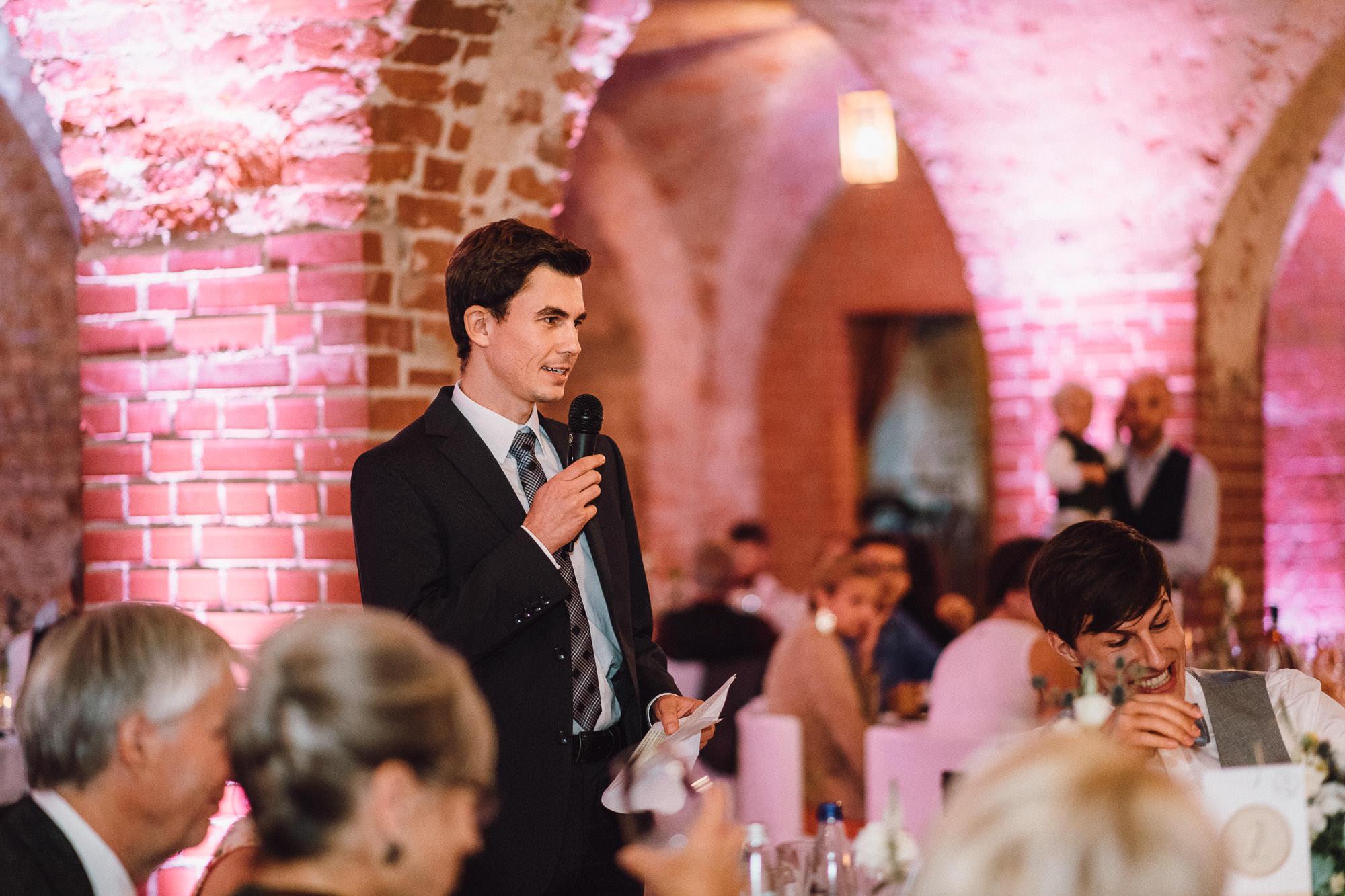 greenery-wedding-hochzeit-prielhof-sukkulenten-scheyern-lauraelenaphotography-105